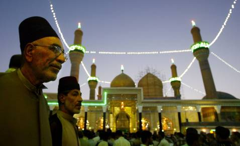 Baghdad, Sept. 2005: Funeral services in front of the Imam al-Kadhim shrine for victims of the August 31 stampede.