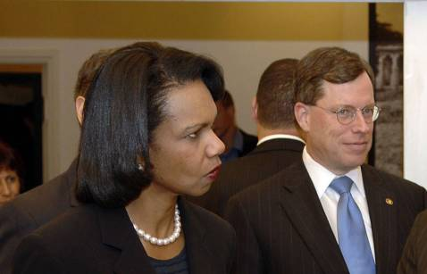 Then-UC State Department counselor Philip Zelikow stands with Secretary of State Condoleezza Rice.