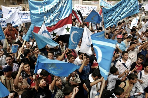 Kirkuk, IRAQ: Iraqi Turkmen demonstrate in the oil rich city of Kirkuk to protest against federalism and to insist on the Iraqi Identity of the ethnically mixed city, 11 October 2006.