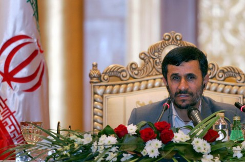 Dubai, UNITED ARAB EMIRATES: Iranian President Mahmoud Ahmadinejad gives a press conference in Abu Dhabi 14 May 2007 during the first visit of an Iranian president to the UAE since the 1979 Islamic Revolution.