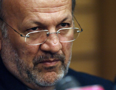 Islamabad, PAKISTAN: Iranian Foreign Minister Manouchehr Mottaki listens to a question during a press conference at the end of the three-day Islamic Conference of Foreign Ministers in Islamabad, 17 May 2007.