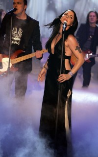 DRESDEN: Former Spice Girl Mel C performs during the German TV show 'Let's Make a Bet...' in Dresden, Germany 01 October 2005.